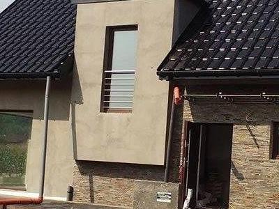 dom z gotowym dachem 13